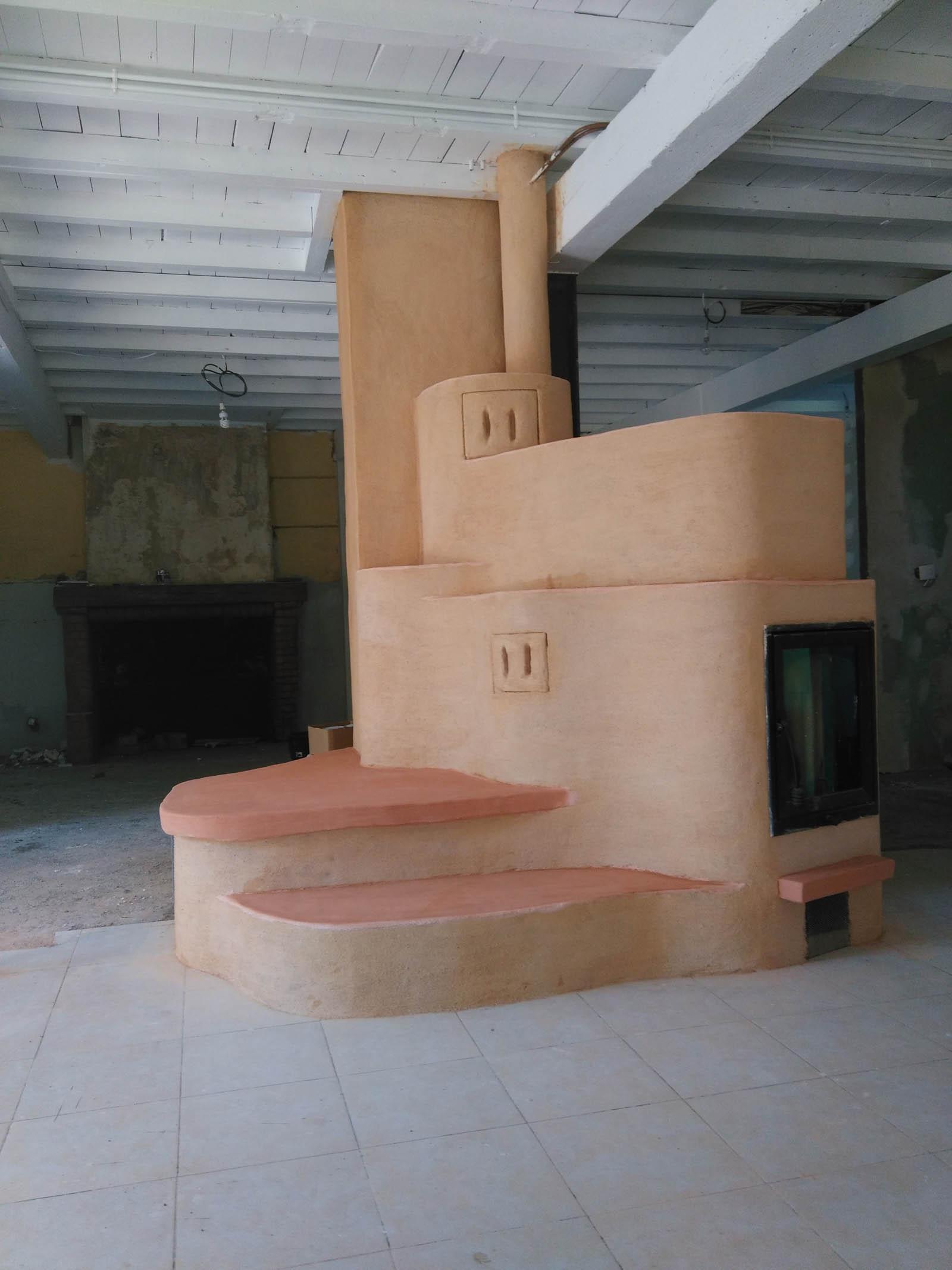 Installation d'un poêle à accumulation dans une ferme à coté de Pamiers en Ariège