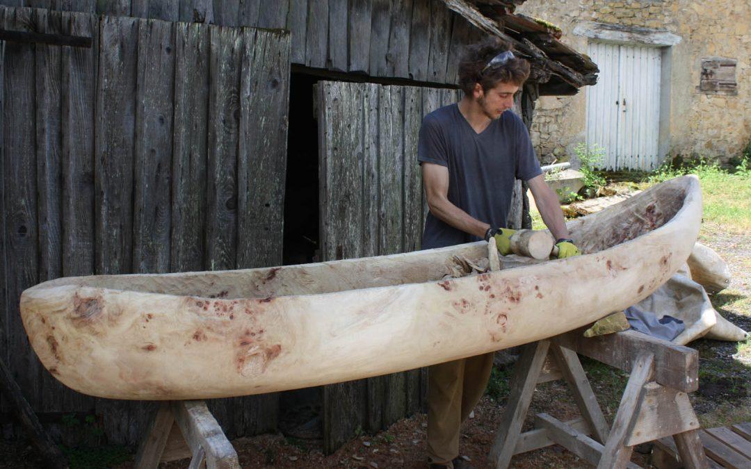 Création et utilisation de pirogues en bois