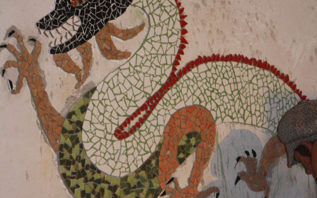 Création d'un dragon en mosaïque
